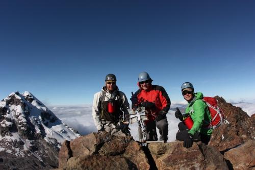 Cabelloros de Colorado - Ben, Weston & Jordan sitting atop the summit of Illiniza Sur