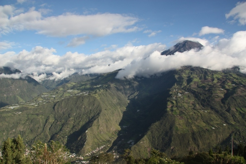 Banos sits on the shoulder of the active volcano Tungurahua 16,480'